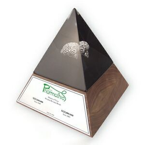 4-Sided Pyramid Embedment / Award / Recognition