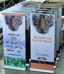 Custom Printed Economy Retractable Display W/HD No Curl Panel