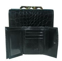 Ladies Buttercalf Leather Framed Threefold Wallet