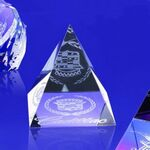 Custom Awards-Pyramid shaped paperweight optical crystal award/trophy.3 inch high