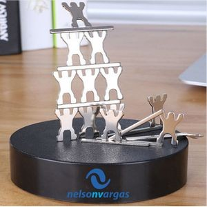 Magnetic Sculpture Desk Toy- 13 Small People & 8 Metal Bars