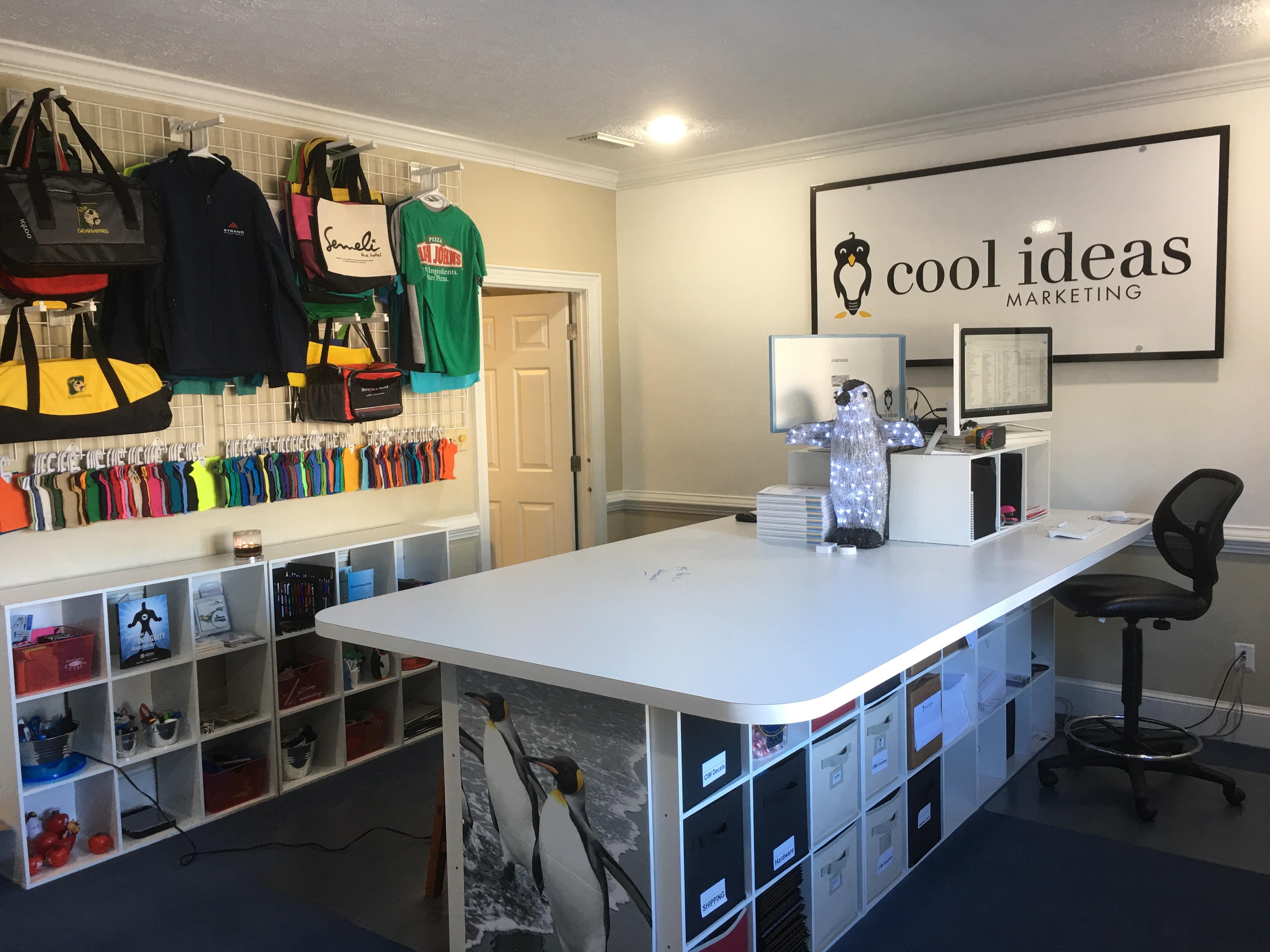 Showroom Desk