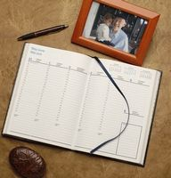 "Bi-Lingual Desk Planner (6-1/2""x9-1/4"")"