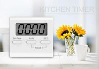 Kitchen magnetic rear bracket timer