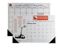 Full Size Desk Calendar w/ Vinyl Header & 2 Vinyl Corners