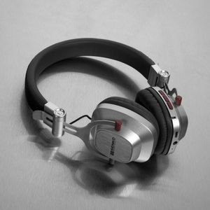 Retro Bluetooth Headphone - HB306 - IdeaStage Promotional Products 3d13e0c3f57bb