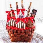 Custom Classic Festive Deluxe Gift Basket