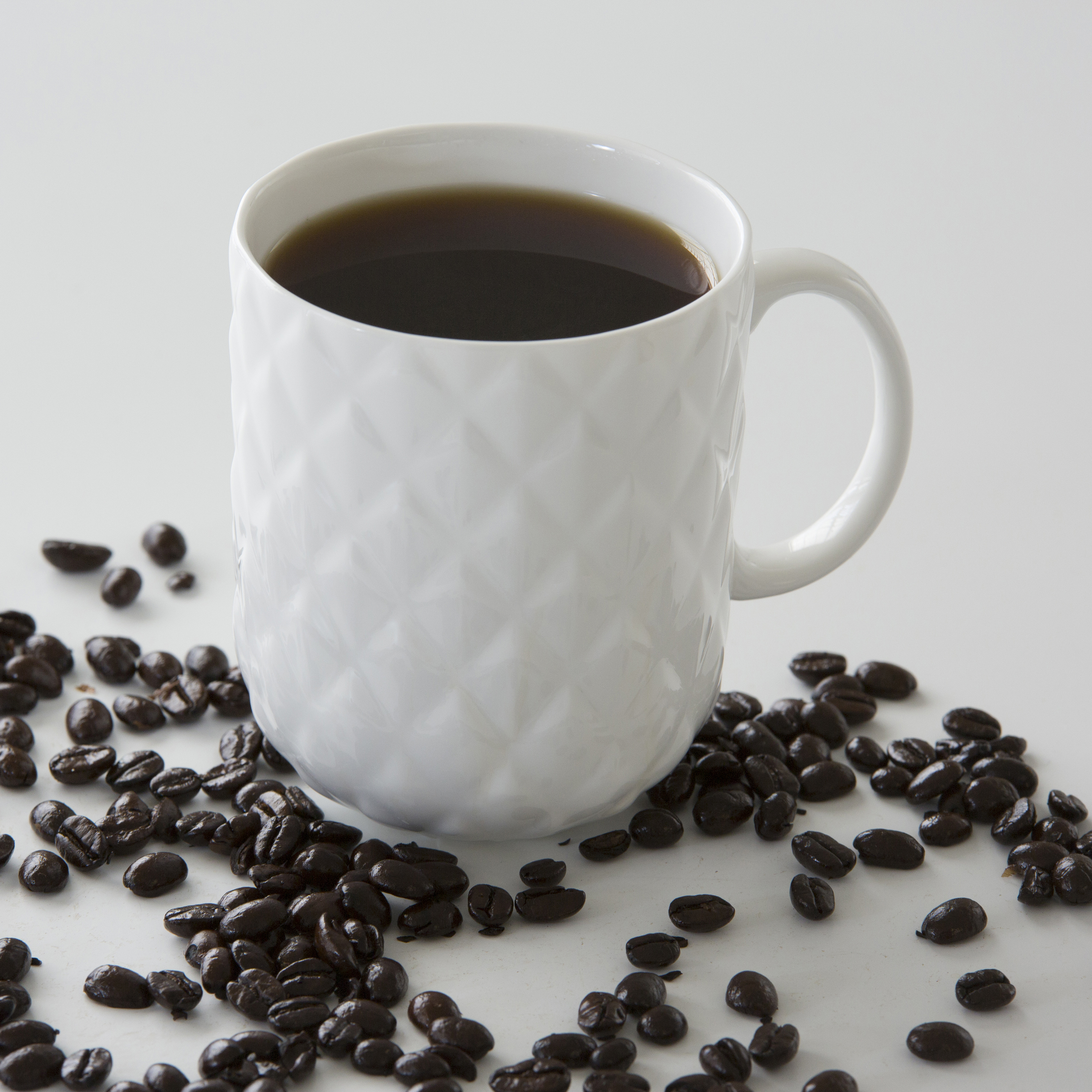 15 Oz. Nature's Garden Pineapple Mug, 3.5